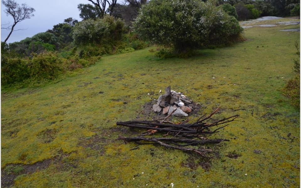 lillies beach camping flinders island